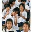 Nivå-lærere hjælper thailandske skolebørn til et fremtidsjob