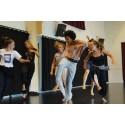 Dans och skulptur möts under historisk vecka i Säter