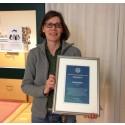 Karin Bergmark, överläkare, Sahlgrenska Universitetssjukhuset, har tilldelats Nätverket mot gynekologisk cancers Eldsjälspris 2015
