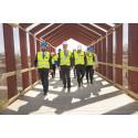 1000 bostäder byggs i Linköpings nya stadsdel Vallastaden - bostadsministern imponerad av det innovativa projektet