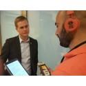 Sveriges utbildningsminister Gustav Fridolin intervjuas i Jalla Almedalen