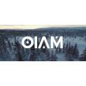 OIAM lånar inspiration från Sällskapsresan till nya musikvideon