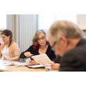 Järjestötyöpalkinnon saaneet vaihtoivat hyviä käytäntöjä palkitsemista edeltäneessä seminaarissa