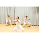 Samhällsaktuell teaterimprovisation om vården på Sommarscen