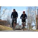 På cykel i Lycksele? Landstinget delar ut cykelhjälmar!