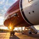 Norwegian Boeing 787 Dreamlinerin aamuauringossa