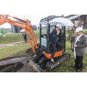 Miljøministeren tog første spadestik til Fremtidens Renseanlæg
