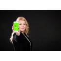 Zeifie-showing-phone-green