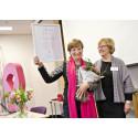 Outtröttlig bröstcancerkämpe får prestigetyngd utmärkelse