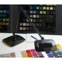 LED-skrivebordslampe med mye lys for store arbeidsflater