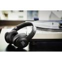 JBL Everest – trådlösa hörlurar med aktiv brusreducering finns nu ute i butik