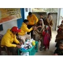 Ger hjälp till  jordbävningsoffren i Pakistan, Khyber Pkhtunkhwa - Provincen