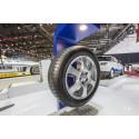 Goodyear esittelee AA-luokan EfficientGrip Performance -malliston vuoden 2015 Geneven autonäyttelyssä