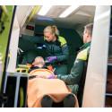 Den blomstertid nu kommer för Medlearns nyblivna ambulanssjukvårdare