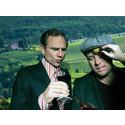 Peter Wahlbeck och Jonas Berger håller Sveriges roligaste vinprovning