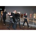 Teaterforestilling pelser mennesker på Nationalmuseet
