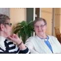 Lollo Eriksson och Kerstin Gustafsson längtar alltid till cafémötena i Flen.