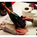 Etikettering av magnumflaskor hos André Clouet
