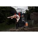 Henkeäsalpaavaa tanssia, notkeutta ja ilma-akrobatiaa ihmisen ja trukin välillä