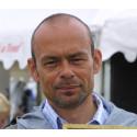 Supertränaren Pether Markne ger clinic för två unga hemliga ryttare under Gothenburg Horse Show