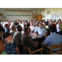 Välbesökt fibermöte i Bassholma skola