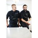 Alexander och Matias förstärker den italienska touchen i köket på Villa Aske Konferenser