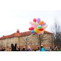 Ballongsläpp med Näktergalen FRI ANVÄNDNING Foto: Emelie Johnsson/Högskolan Kristianstad