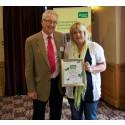 Siop Gymunedol Pwllglas celebrates winning top UK award