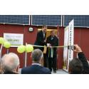 Carl-Olof Bengtsson, vice ordförande Växjö Energi AB och Per Bengtsson, affärsområdeschef Wexnet inviger Wexnet Green Data Center