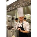 Köksmästare Magnus Jansson rekryterar kockar från Spanien