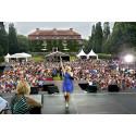 Sommarshow med Sanna Nielsen från slottsparken visas i svt1