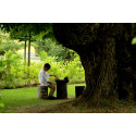 Fridfullt i prästgårdsparken Astrid Lindgrens Näs