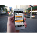 3 av 10 svenskar shoppar med sin smartphone: Nu kan du även sälja bilen direkt i telefonen med bara ett tryck