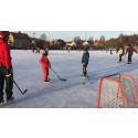 Ny kylanläggning och nya omklädningsrum till isbanan i Oskarström
