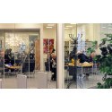 Stadsbiblioteket öppnar för tidningsläsare på morgonen