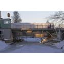 Broklaff monteras på nya Västra kanalbron