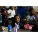 Sector Alarm hjälper barnen i Moçambique till en tryggare vardag