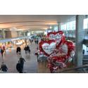 Amors piler flyr på Oslo Lufthavn