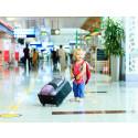 Lapsi lentokentällä