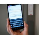 Hemtjänsten har haft problem med vissa nya telefoner - andra används tills vidare