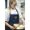 22-årige Nicole Højbjerg Pedersen er til daglig caterelev i Kokkenes Køkkens kantine hos Mærksk Drilling