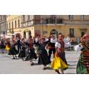 Nu är förberedelserna i gång för Europas största folkdansfestival
