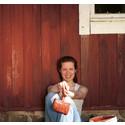 Husvägg målad med Auson Rödtjära
