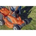 En laddning: lång klipptid på ny batteridriven gräsklippare!