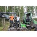 PRESSINBJUDAN: Gymnasieelever utbildas i EcoDriving med skogsmaskiner