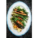 Couscoussallad med grillad sparris och morötter