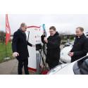 E.ON åbner elbilmotorvej med gratis opladning i julen