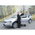 Volkswagen fortsätter att stödja Bris – fem nya Passat Alltrack levererade