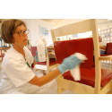 Lättstädade möbler minskar risken för smitta
