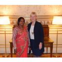 Per Anger-pristagare Rita Mahato möter utrikesminister Margot Wallström (Bild 2)